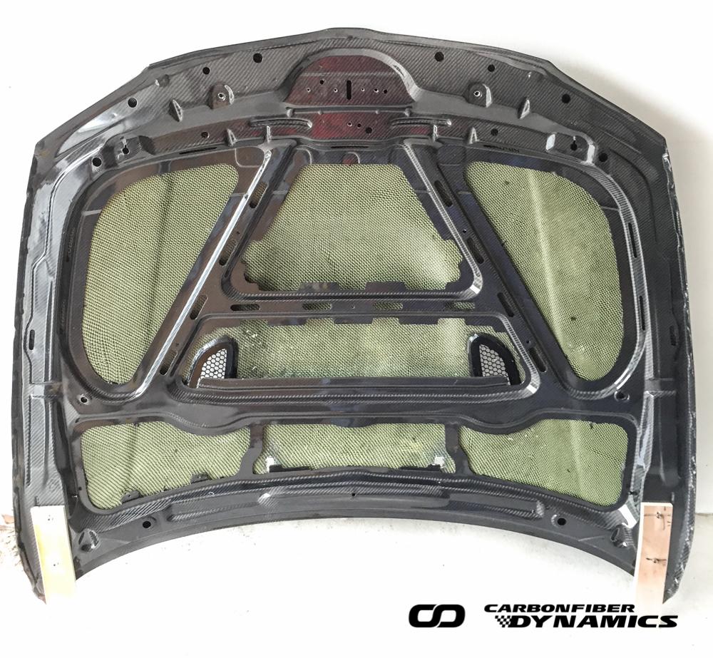 Boca Carbon Kevlar Motorhaube BMW E82 1M_2